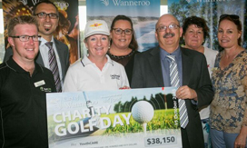 Mayor Tracey Roberts at Charity Golf Day