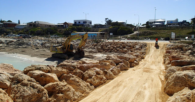 Quinns beach long term coastal mgmt works